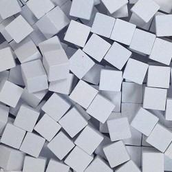 Wooden Cubes 8 mm - White (10 pcs)